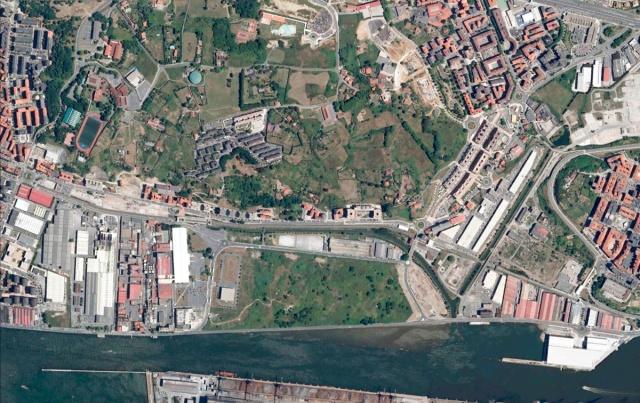 Imagen satélite de Lamiako en 2010