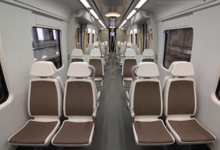 Interior Unidad UT 900 CAF, Línea 3 de metro de Euskotren. borjagomezfotografia.com